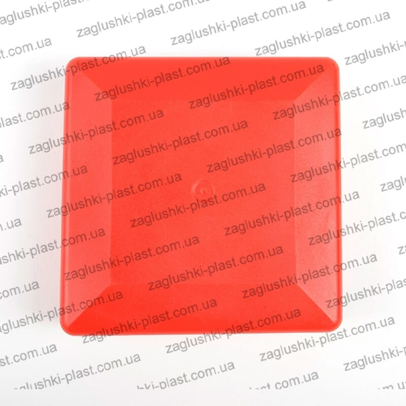 Заглушка квадратная наружная 80 на 80 красная